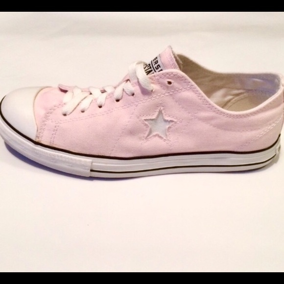 e017bac89fc5c Converse One Star Light Pink Low Top Sneakers